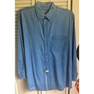AKA Eddie Bauer Blue Long Sleeve Button Down